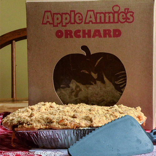 It's a weekend of freshly baked pies and great crafters at our Country Craft Fair at Apple Annie's Fruit Orchards in Willcox, Arizona!